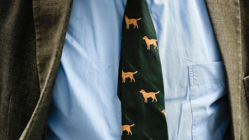 Gelbe Jagdhunde auf grünem Stoff: Die Lieblingskrawatte von Alexander Gauland