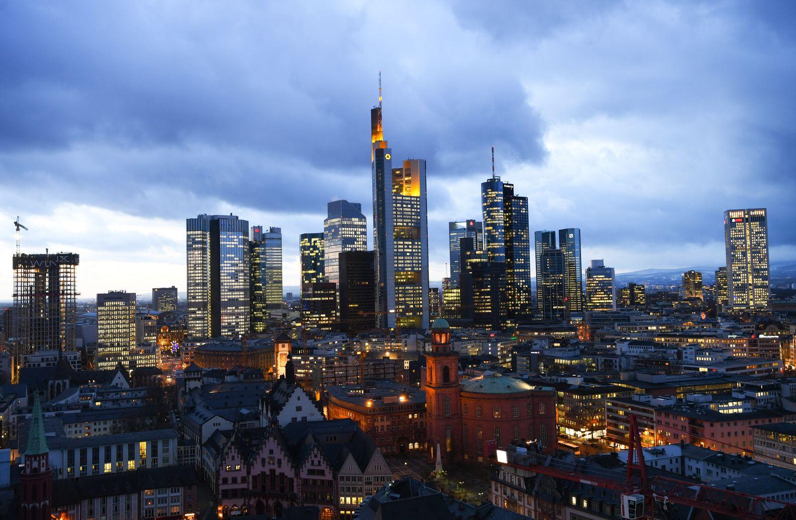 Frankfurt Skyline / Banken / Banken-Viertel