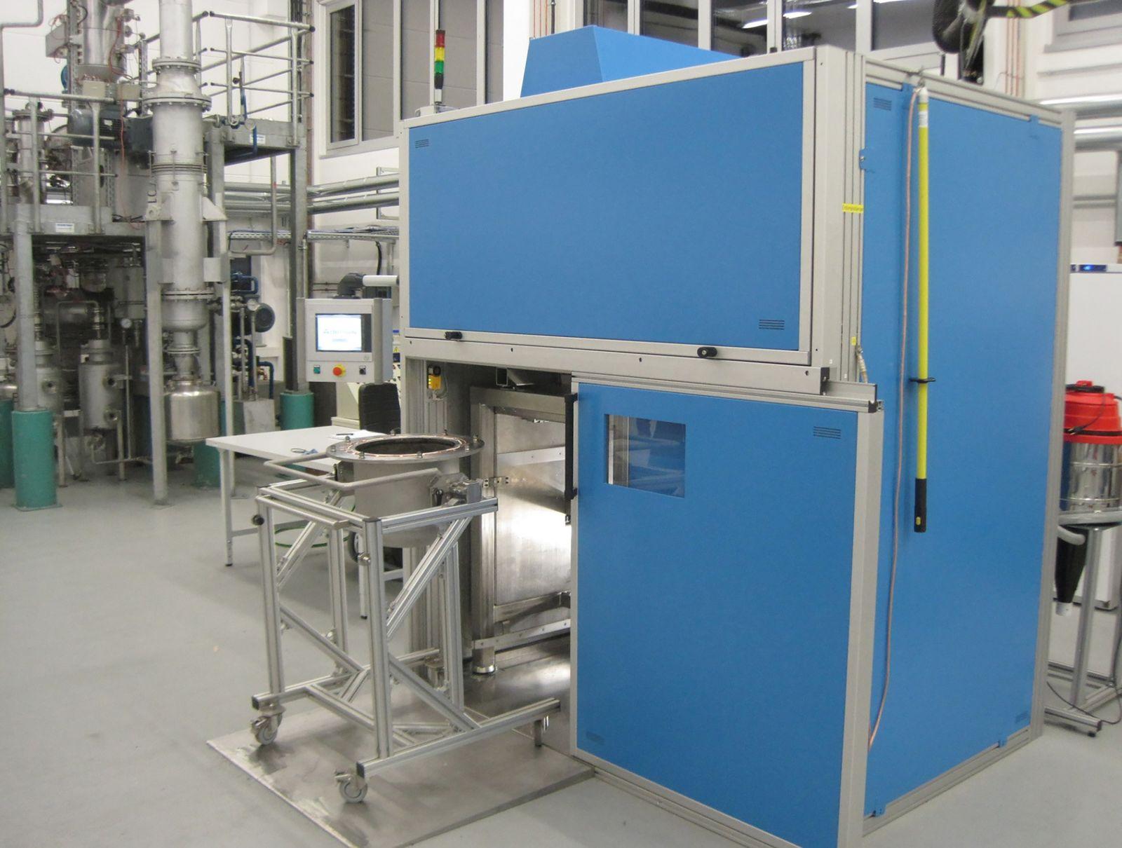 Energiematerialien_Elektrohydraulische Zerkleinerungsanlage