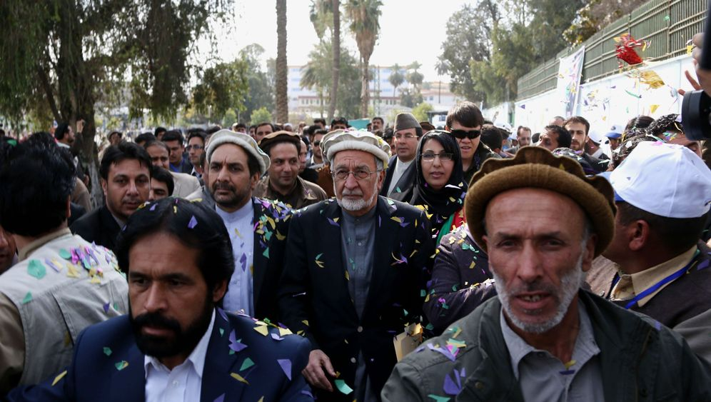 Photo Gallery: Karzai's Man