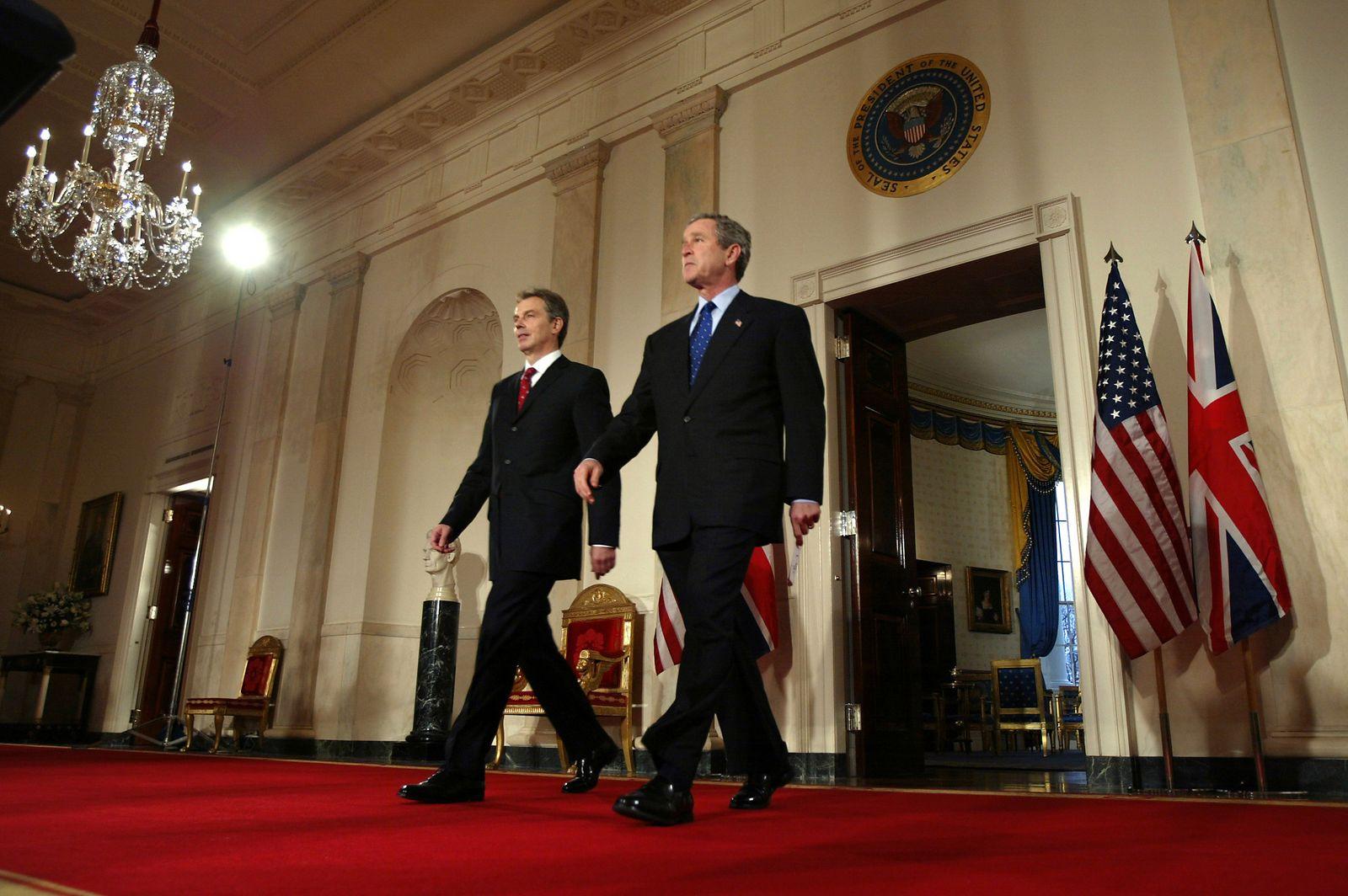 EINMALIGE VERWENDUNG Irakkrieg/ Bush und Blair