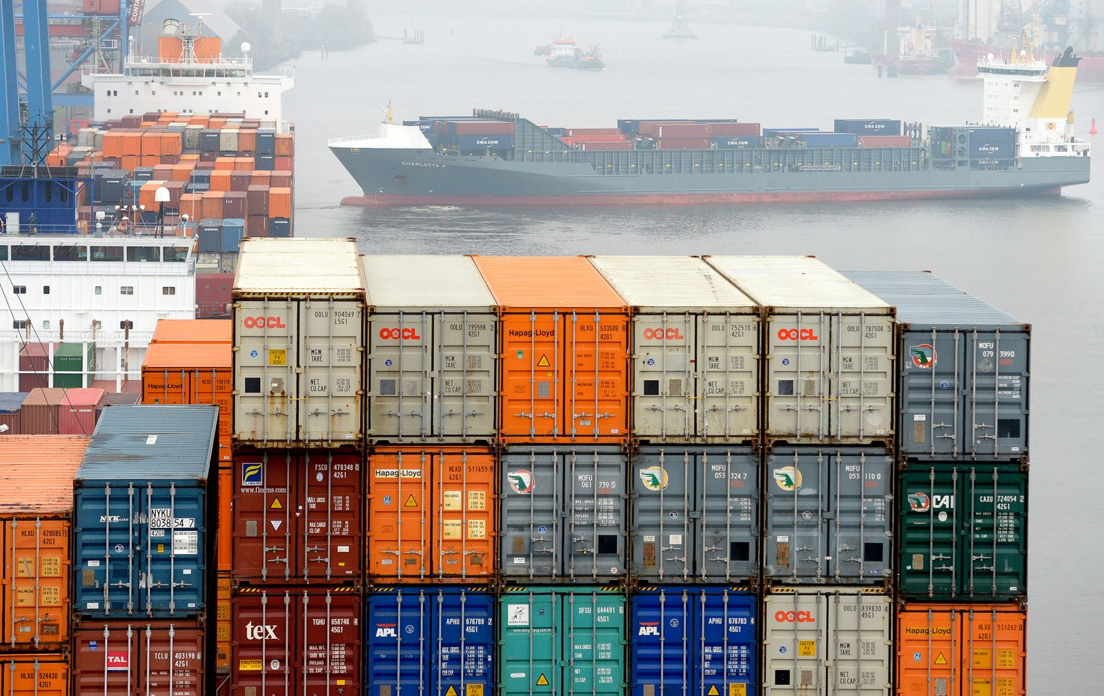 Containers are loaded at the container terminal Altenwerder in the harbour in Hamburg