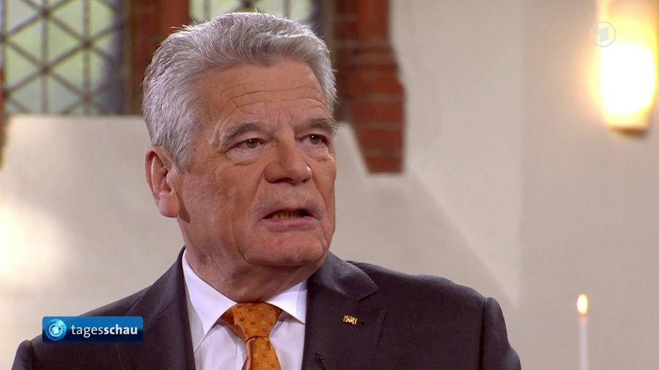 Bundespräsident Gauck im ARD-Interview: Darf er das?