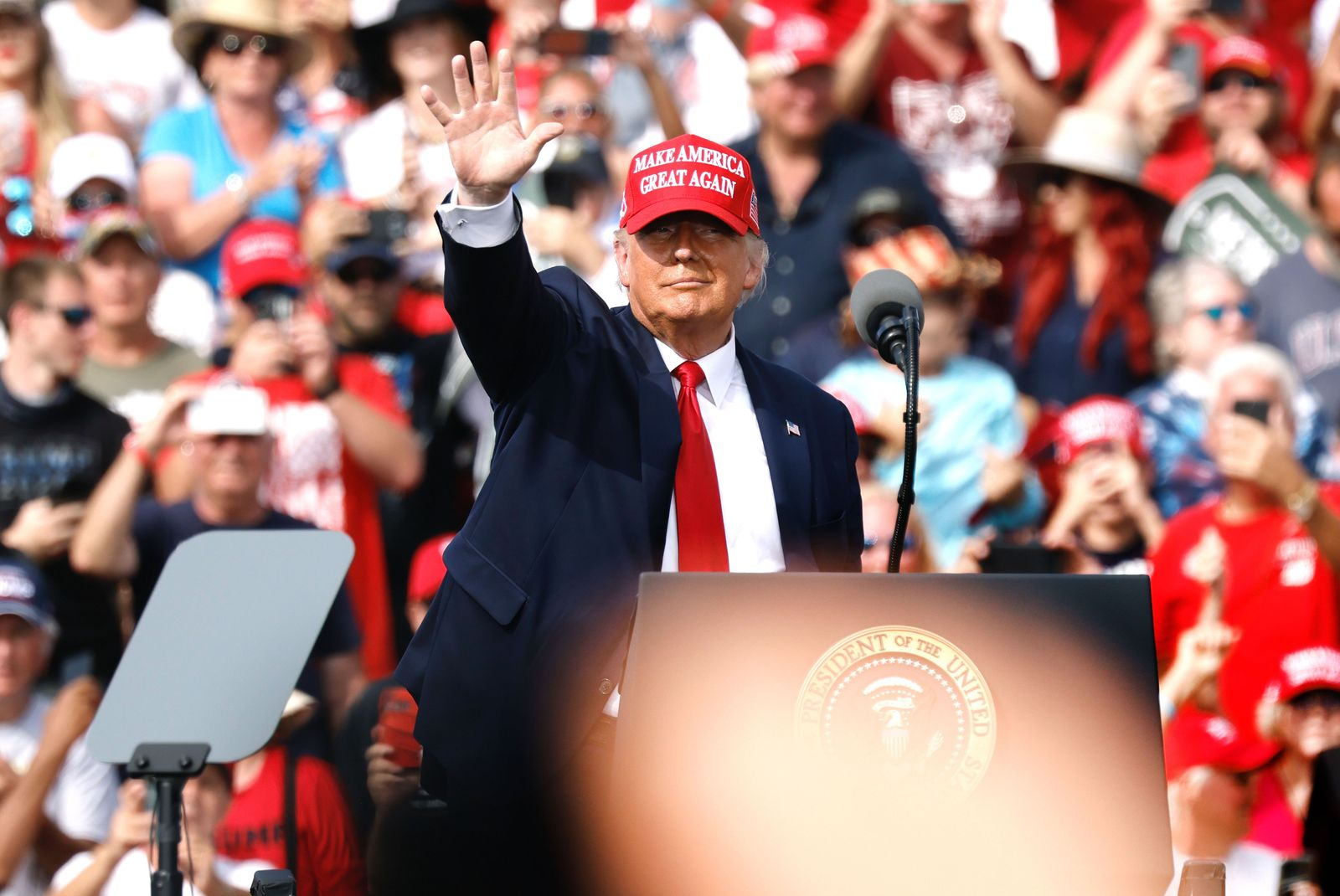 Trump Rally in Tampa Florida, USA - 29 Oct 2020