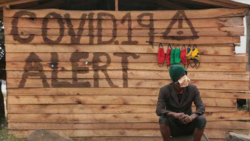 Maskenverkäufer in Simbabwe
