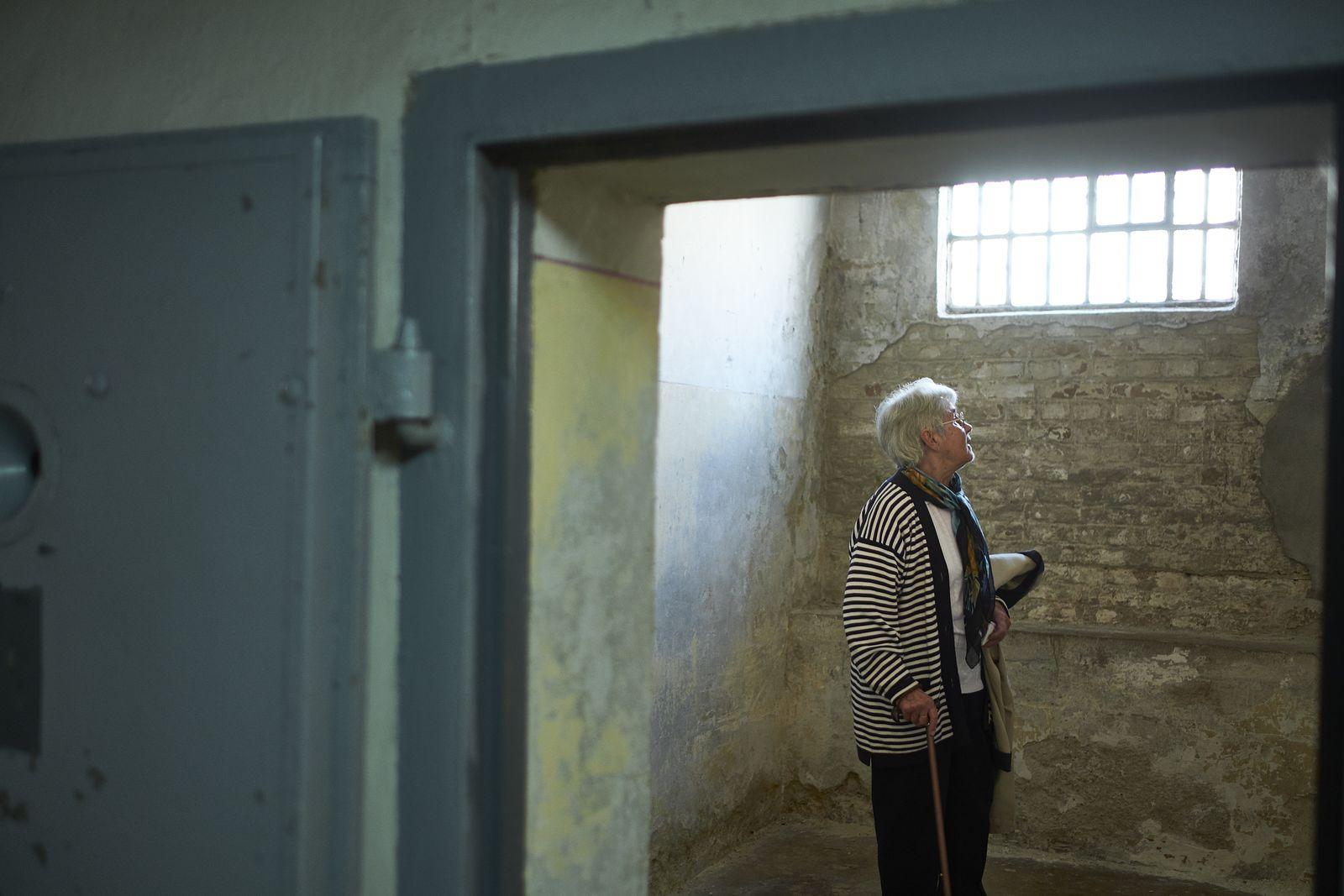 EINMALIGE VERWENDUNG Olga Patzner