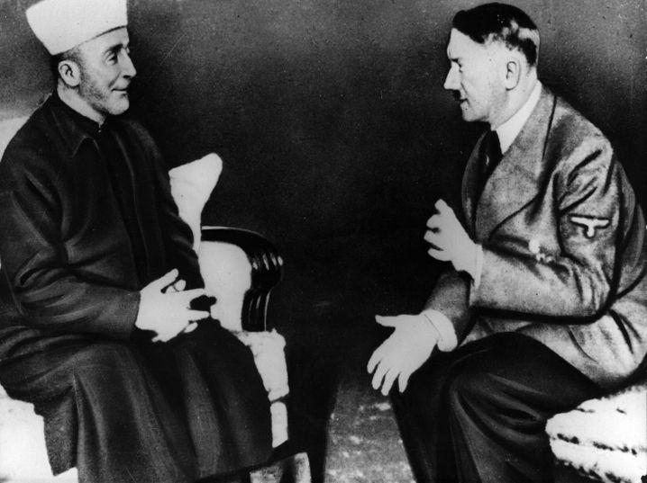 Mufti Husseini (l.), Hitler: Treffen 1941 in Berlin