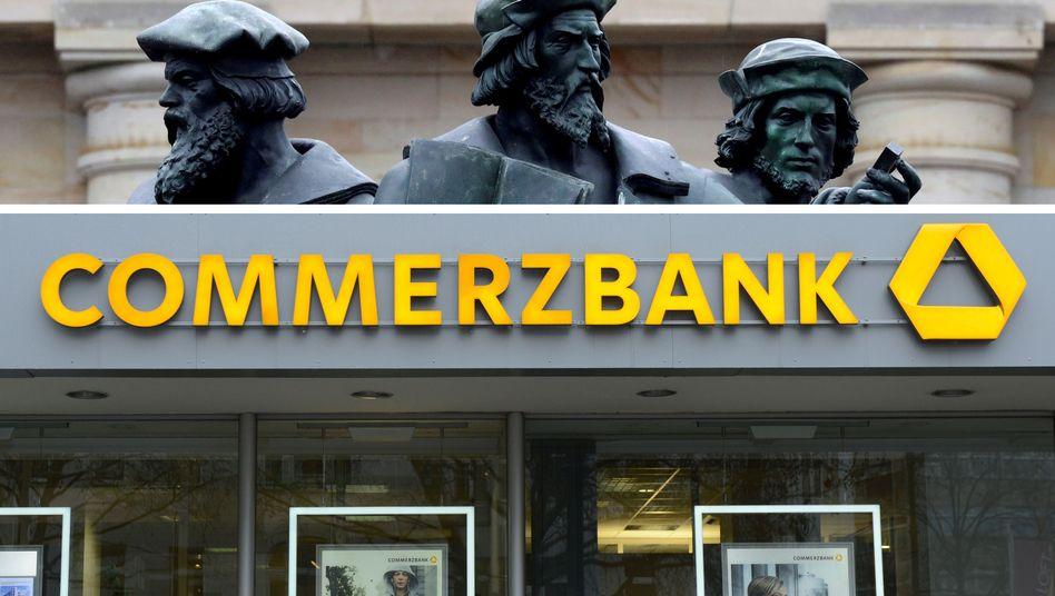 Logos von Deutsche Bank und Commerzbank