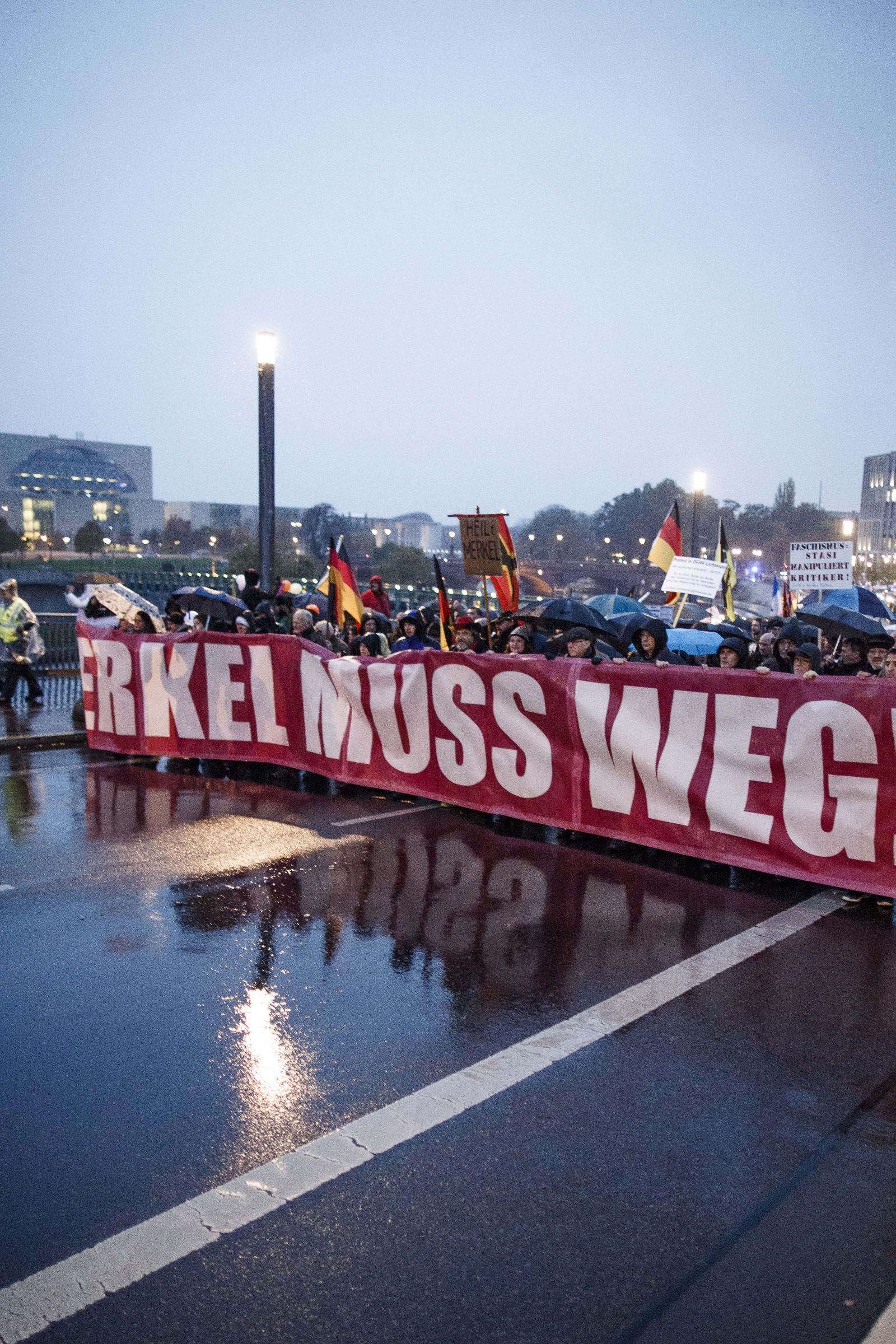 Rechter Protest gegen Merkel