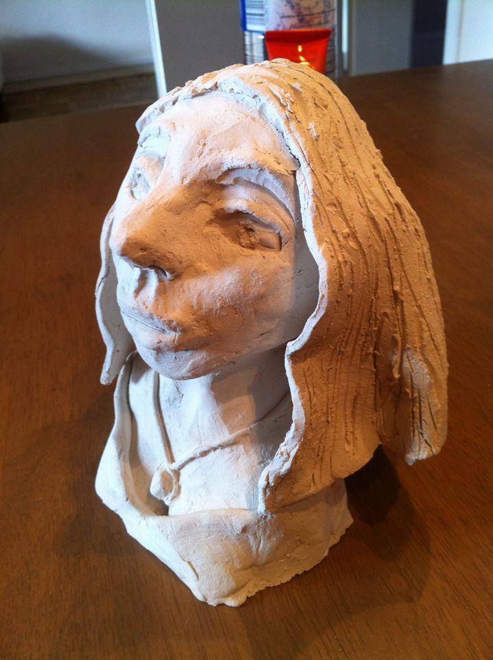 Diese Skulptur stellte Lea in der Grundschule her.