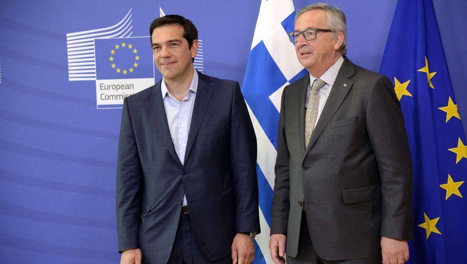 Tsipras (l.) und Juncker: Grexit nicht mehr ausgeschlossen