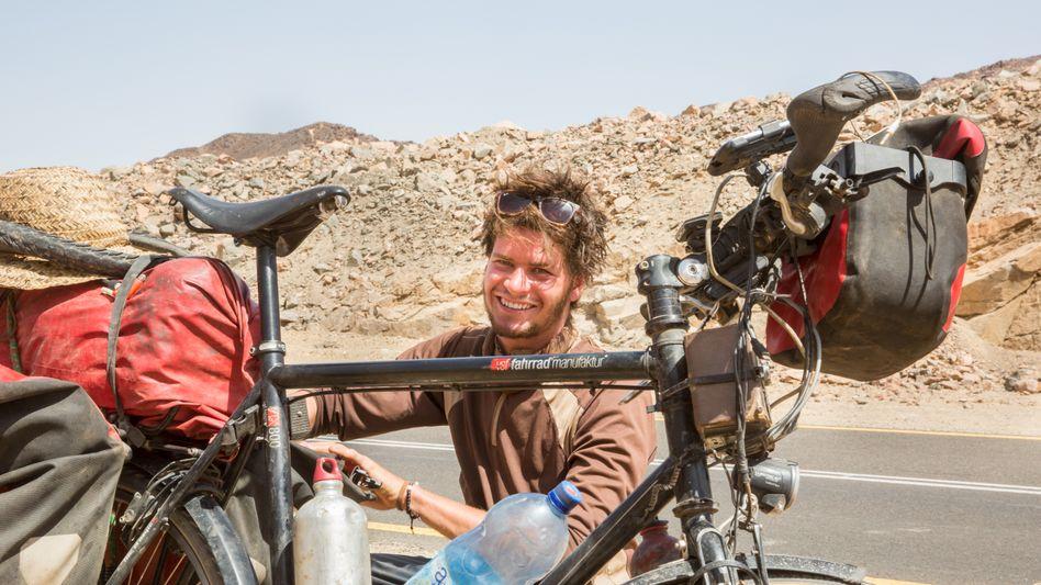 """Anselm Pahnke ist mit dem Rad schon durch Afrika gereist, würde aber auch gern mal das """"Grüne Band"""" abfahren, entlang der ehemaligen innerdeutschen Grenze"""