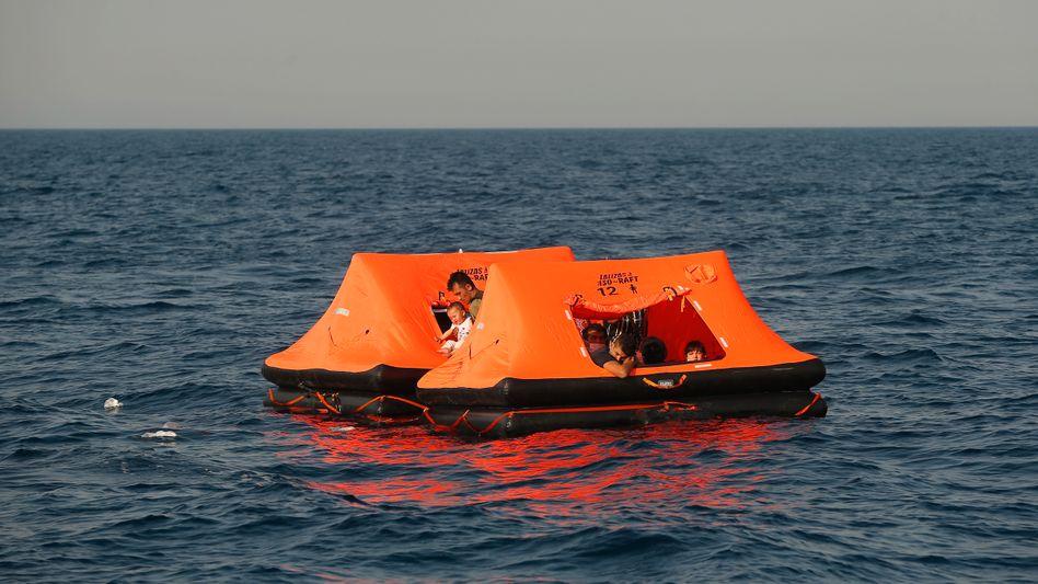 Flüchtlinge in der Ägäis: Auf dem Meer ausgesetzt