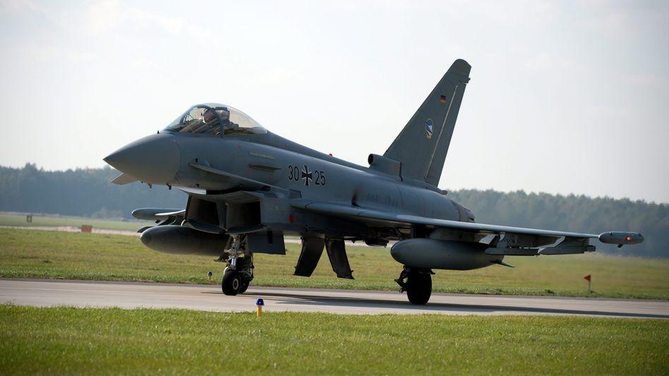 """Eurofighter: """"Ersparnis"""" wegen Minderausgaben"""