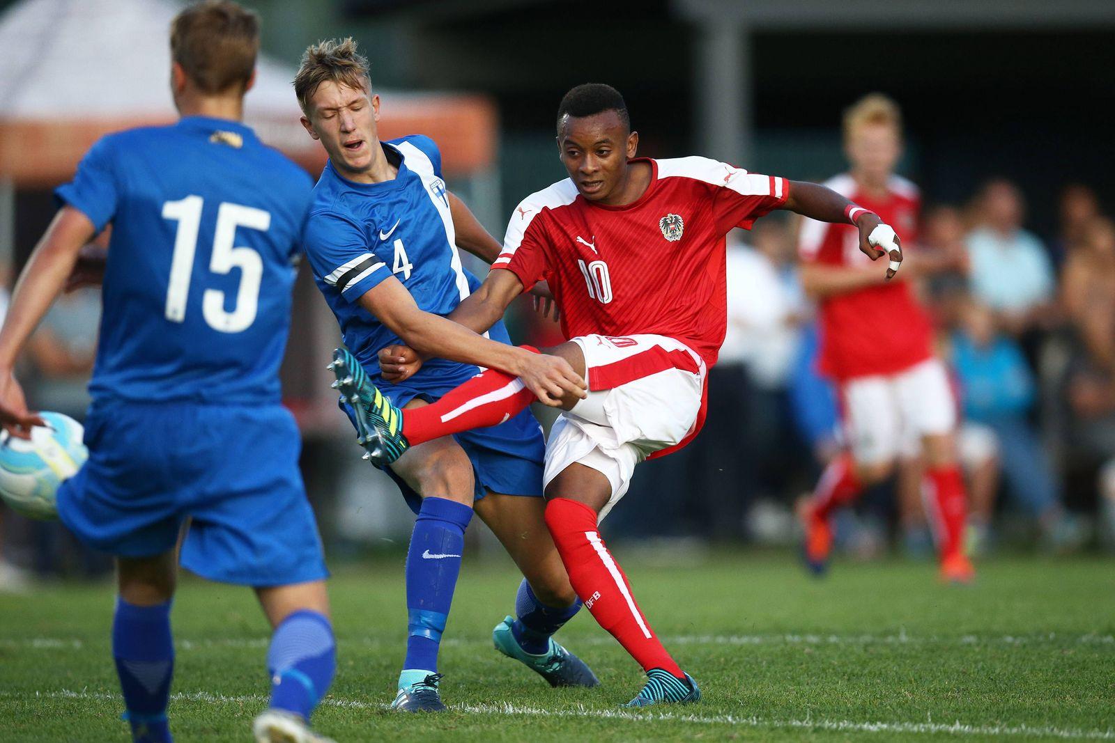 EINMALIGE VERWENDUNG Sport/ Fussball/ Thierno Ballo