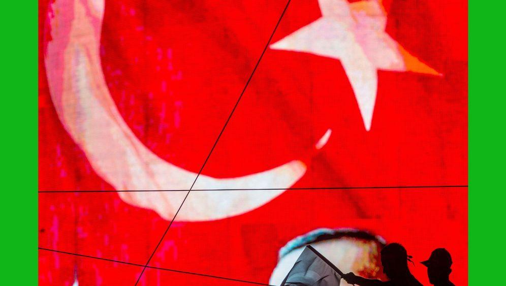 Photo Gallery: Twilight for Turkish Democracy?