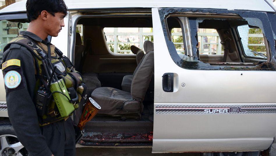 Afghanischer Polizist am Anschlagsort