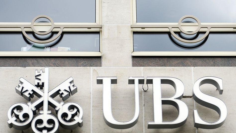 """UBS-Logo: """"Außerordentlichen Marktbedingungen"""""""