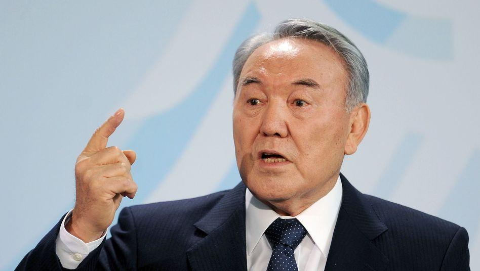Kasachstans Präsident Nasarbajew: Umtriebige Lobby-Helfer