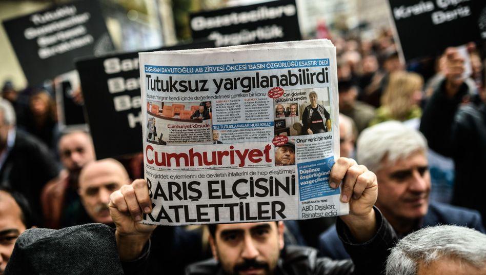 """""""Cumhuriyet"""""""