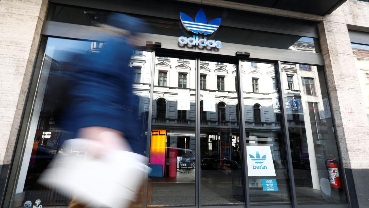 Wie Adidas die Corona-Hilfen missbraucht - DER SPIEGEL - Wirtschaft