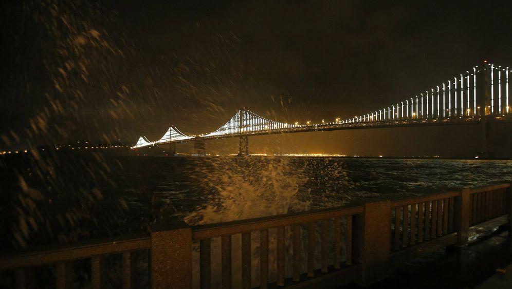 San Francisco: LED-Spektakel über der Stadt