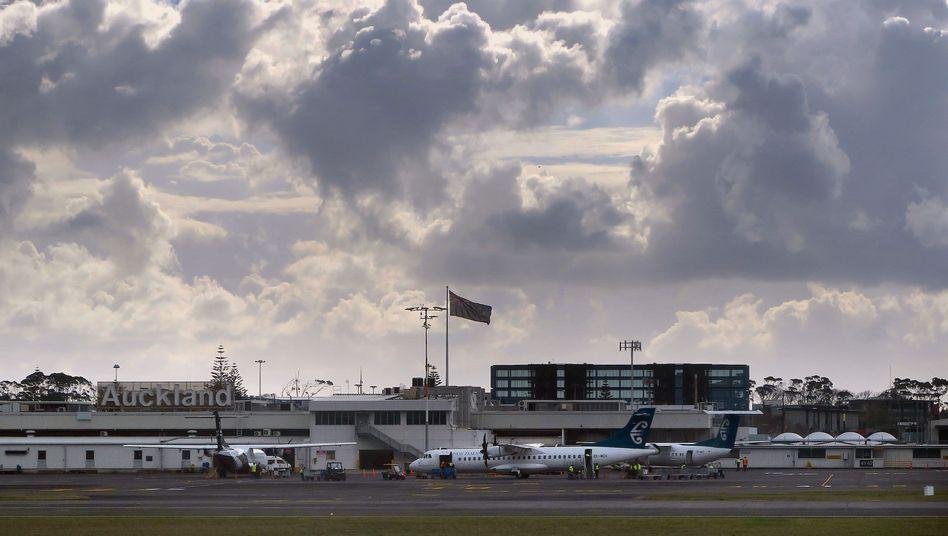 Flugzeuge am Flughafen Auckland