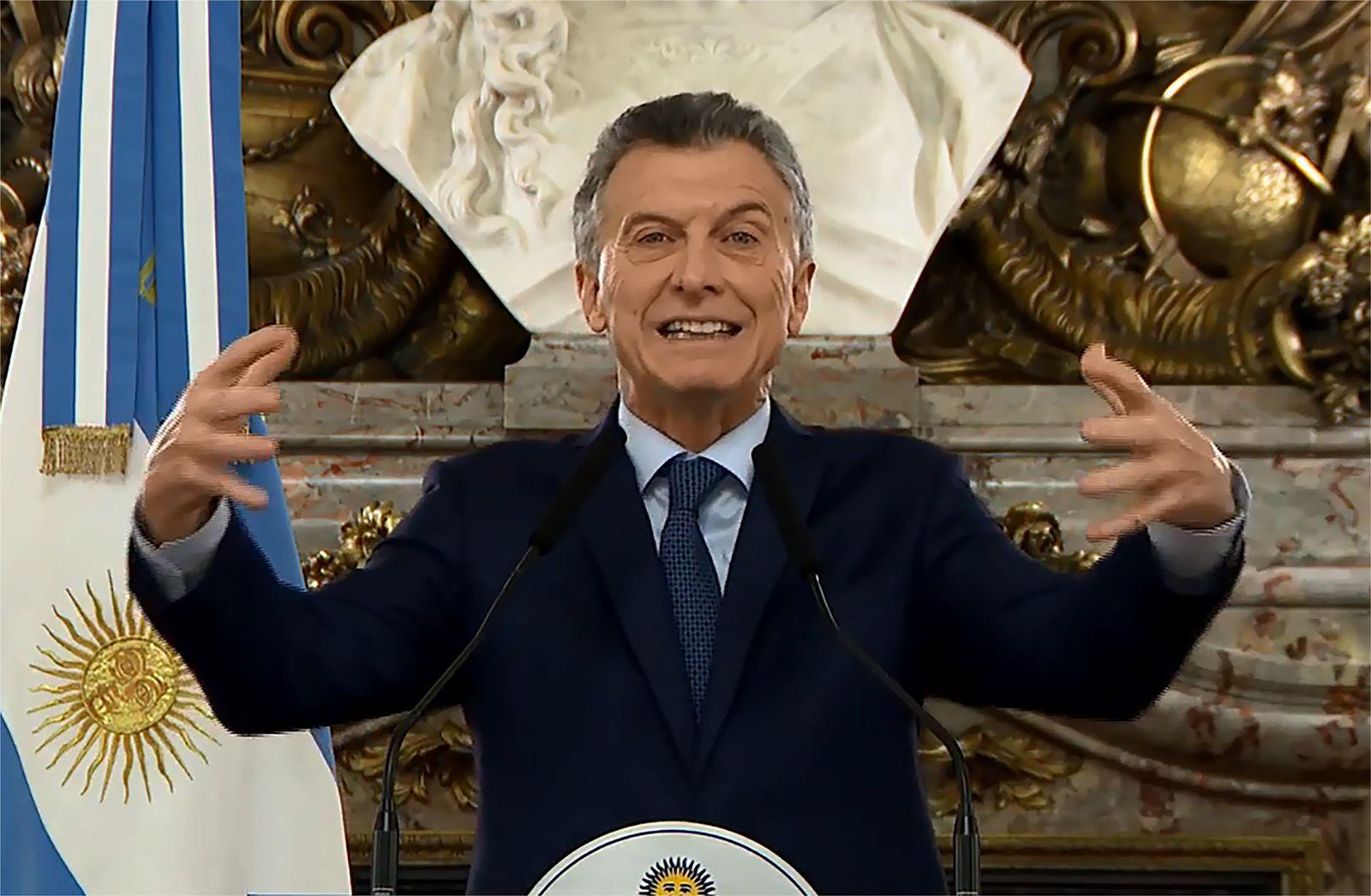 ARGENTINA-ECONOMY-MACRI