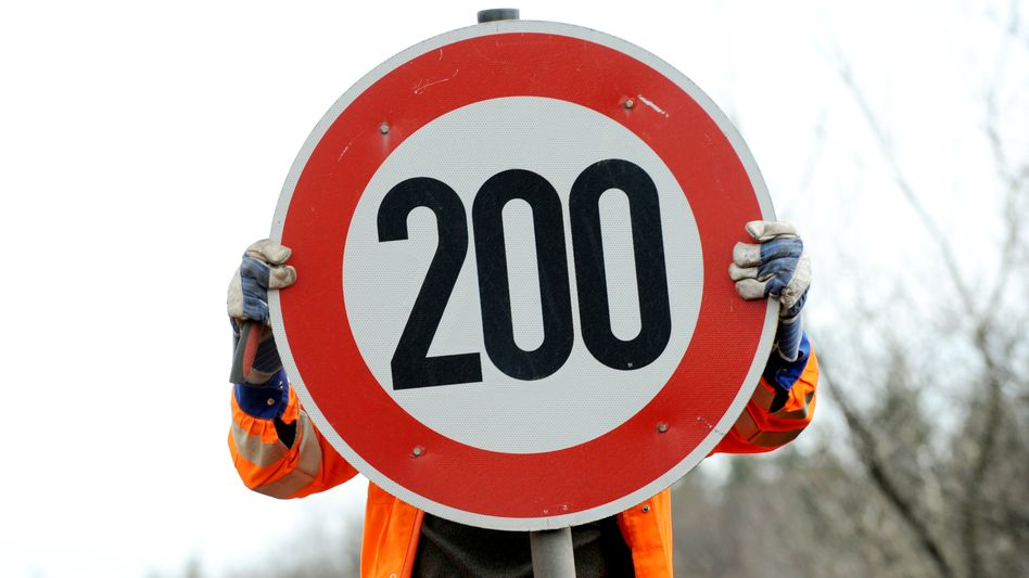 Begrenzung auf 200 km/h (Montage)