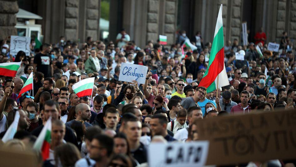 Sechster Protesttag in Folge: Tausende Bulgaren gehen gegen die Regierung auf die Straße