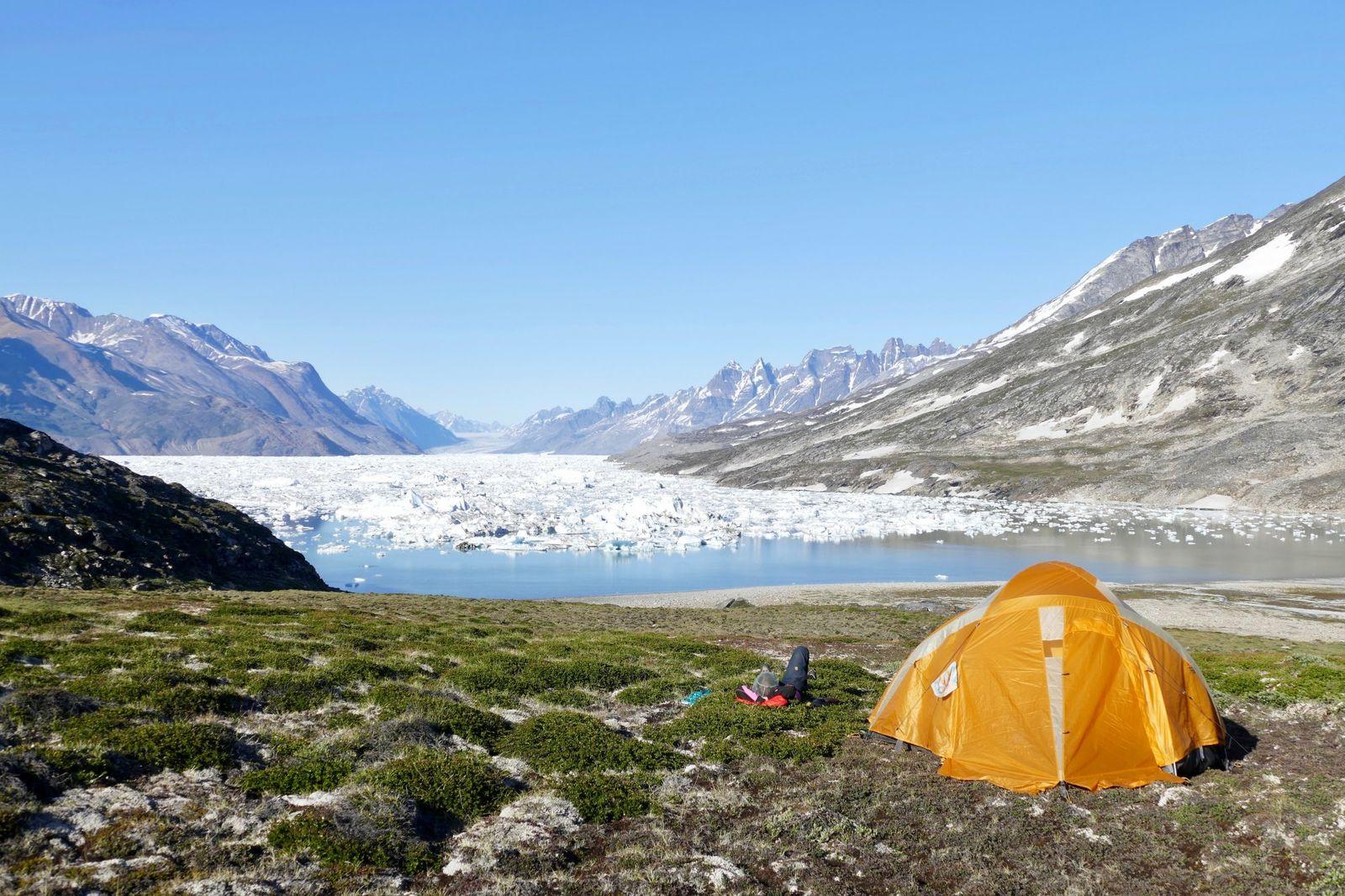 Hauser_ groenland-wildniscamp-ningerte-glk20