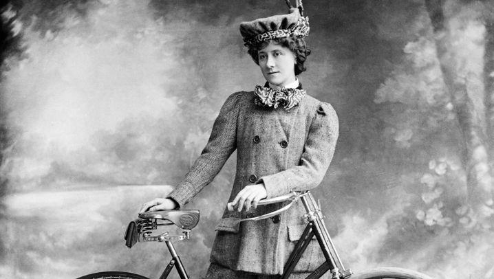 Emanzipation: Die ersten Radfahrerinnen
