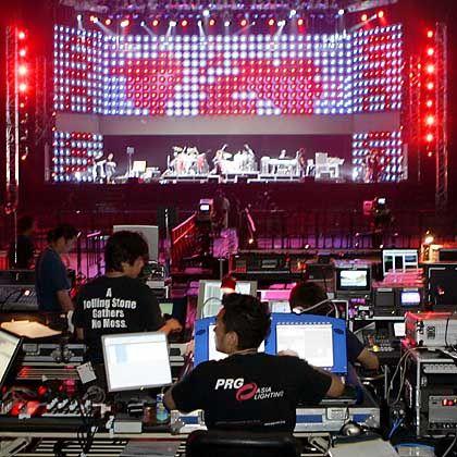 Soundcheck (in Tokio): Licht und Beschallung sind noch die kleinsten Klima-Brocken des Konzerts