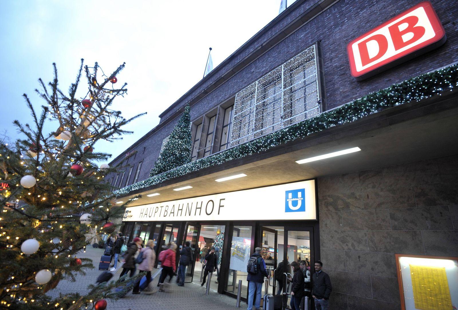 EINMALIGE VERWENDUNG Düsseldorf/ Hauptbahnhof