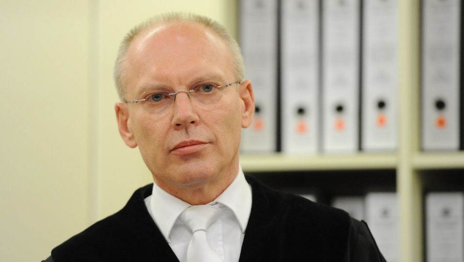 Richter Manfred Götzl: Dringender Handlungsbedarf