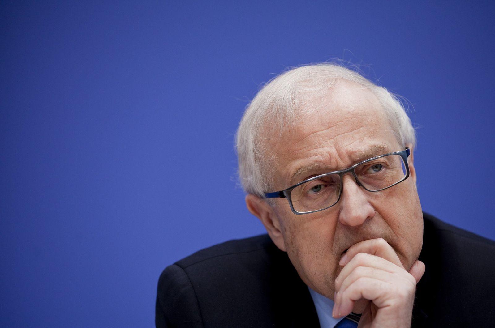 Wirtschaftsminister Brüderle stellt Frühjahrsprognose vor