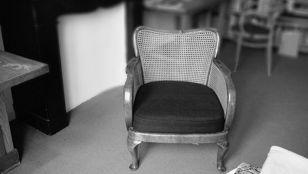Versteckt im Sessel: Dokumente von Robert Griesinger