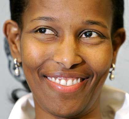 Ayaan Hirsi Ali bei ihrer Pressekonferenz in Den Haag: Symbol für Widerstand und Zivilcourage