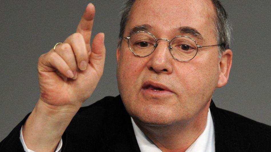 Linke-Fraktionsvorsitzender Gysi (Archivbild): Judenfeindliche Positionen in der Partei?