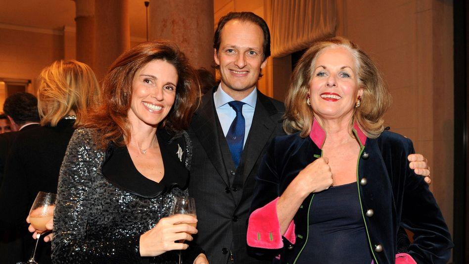 Familienbande: Elvira, Alfred und Alexandra Oetker (v.l.n.r.) beim Konzertbesuch in Berlin 2009