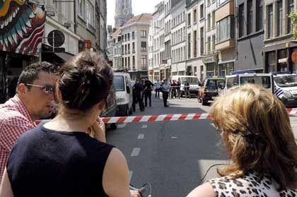 Tatort in Antwerpen: Rechtsradikale Aufkleber in der Tasche