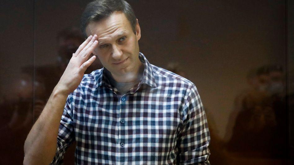 Der Kremlkritiker Alexej Nawalny während einer Verhandlung