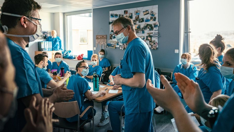 Staff at the intensive care unit of St. Antonius Hospital in Eschweiler, Germany