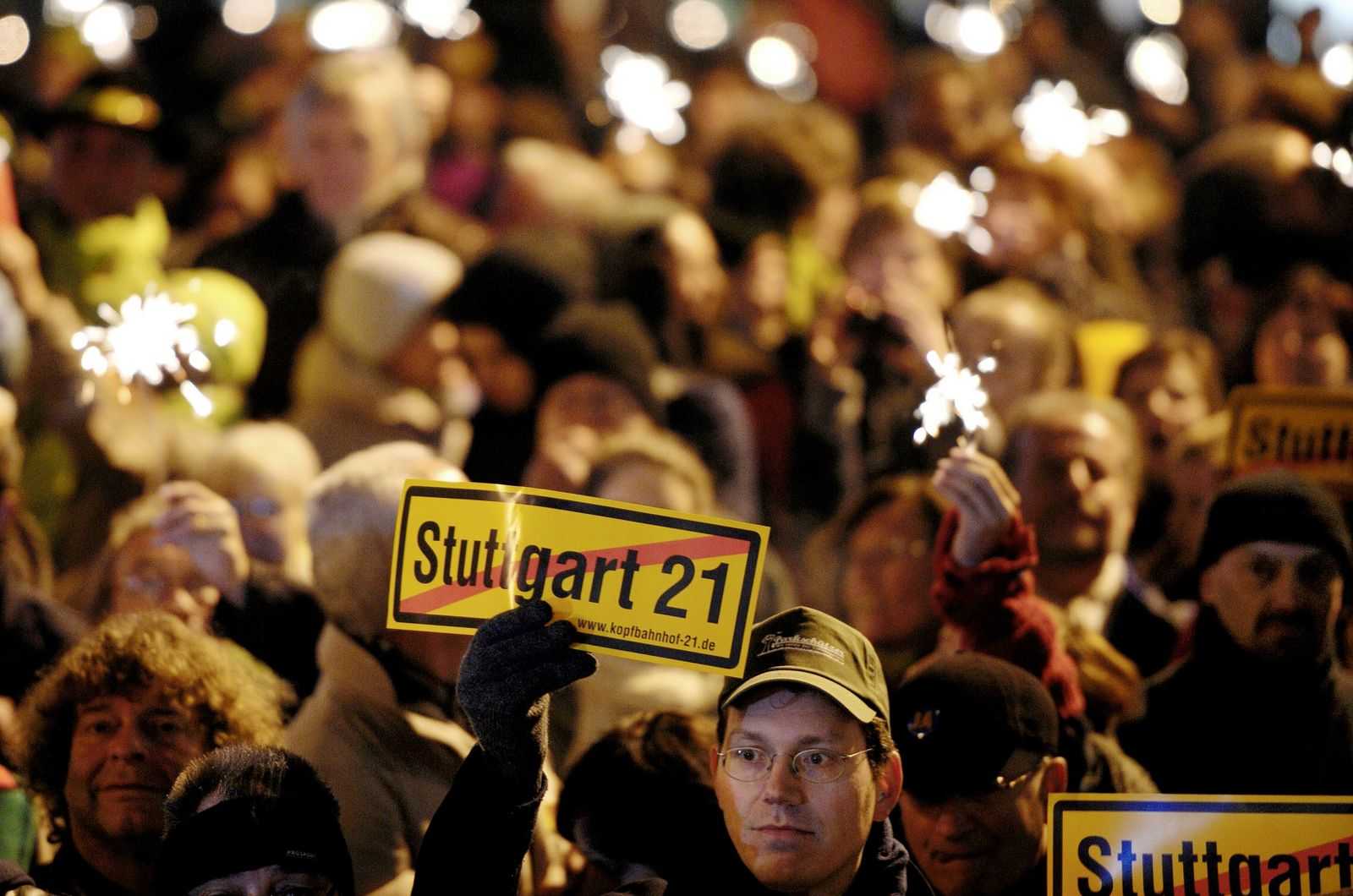 GERMANY-POLITICS-TRANSPORT-STUTTGART 21-REFERENDUM