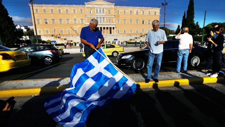 Demonstranten vor dem Parlament in Athen (Archiv): Protest gegen Spardiktat