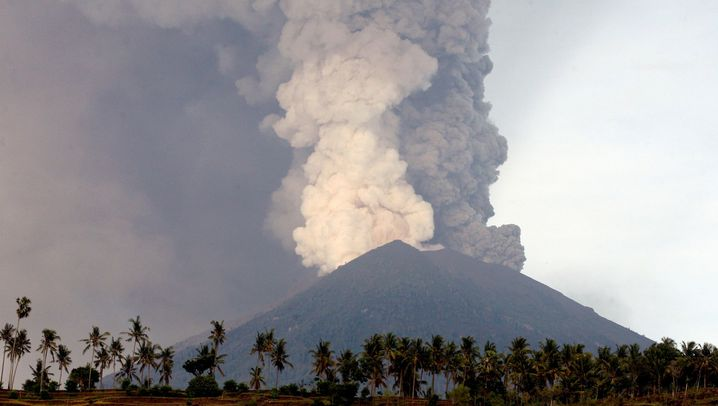 Bali: Warnstufe Rot im Surferparadies