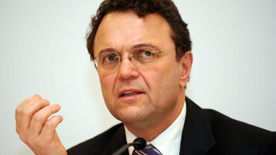 Innenminister Friedrich: Soll die Justizministerin umstimmen
