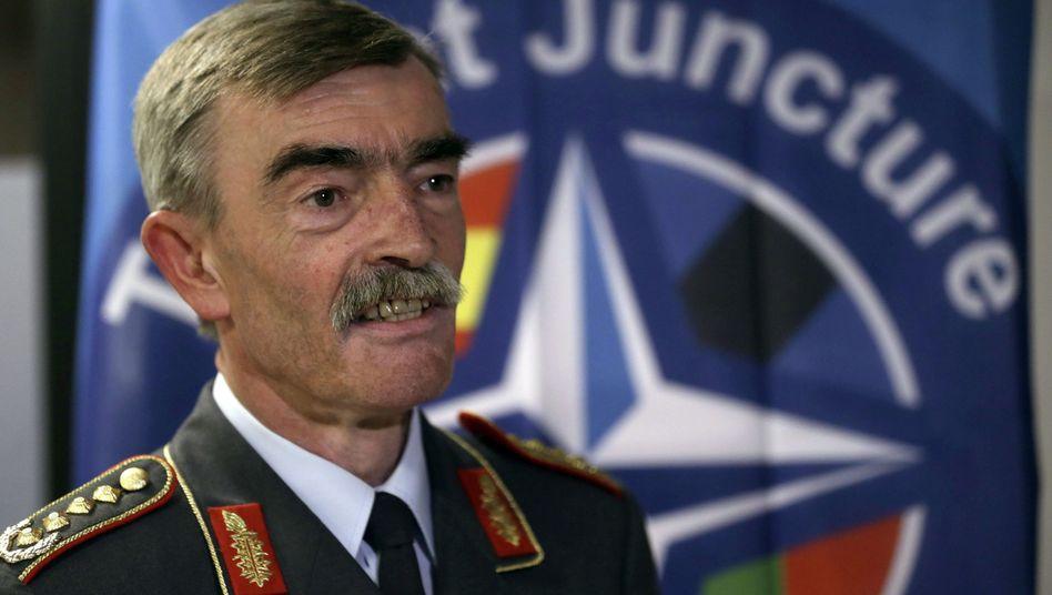 """Viersterne-General Hans-Lothar Domröse: """"Wir brauchen eine robuste Beratung"""""""