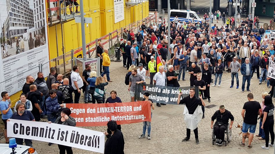 Demonstration in Halle