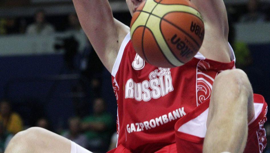Russischer Basketballer Mozgov: Auch in der Zwischenrunde ungeschlagen